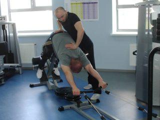 При грыже Шморял показана лечебная гимнастика