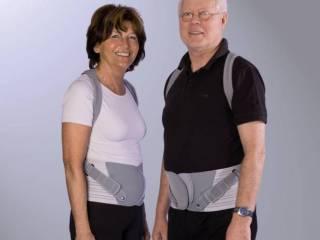 Иногда при остеопорозе прописывают ношение корсета