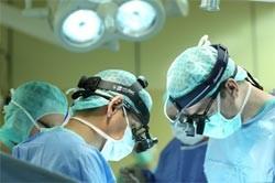 Хирургическое вмешательство при лечении базедовой болезни